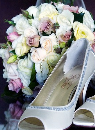 wedding floral, wedding flowers, wedding shoes, wedding accessories, bride, bridesmaid, groom