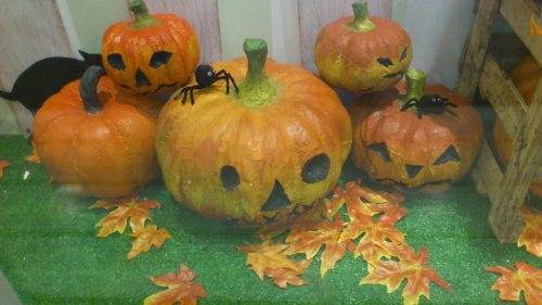Halloween, Jakarta Halloween, Halloween craft, Halloween costume, Halloween party, Halloween DIY, Halloween bats, Halloween Jakarta