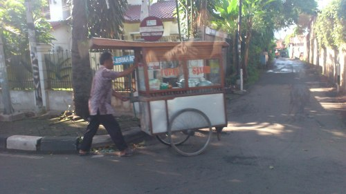 jakarta man with stall