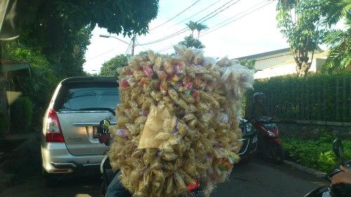 jakarta motorist with snack