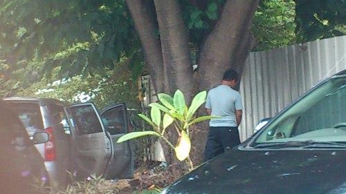 street scene, Jakarta snapshot, Jakarta man toileting, snapshot Jakarta, street scene Jakarta