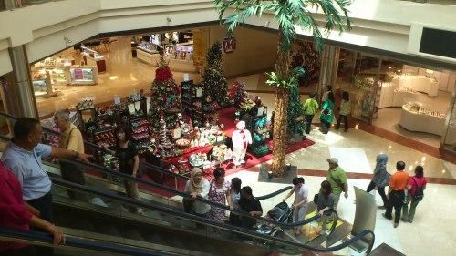 christmas gift shops